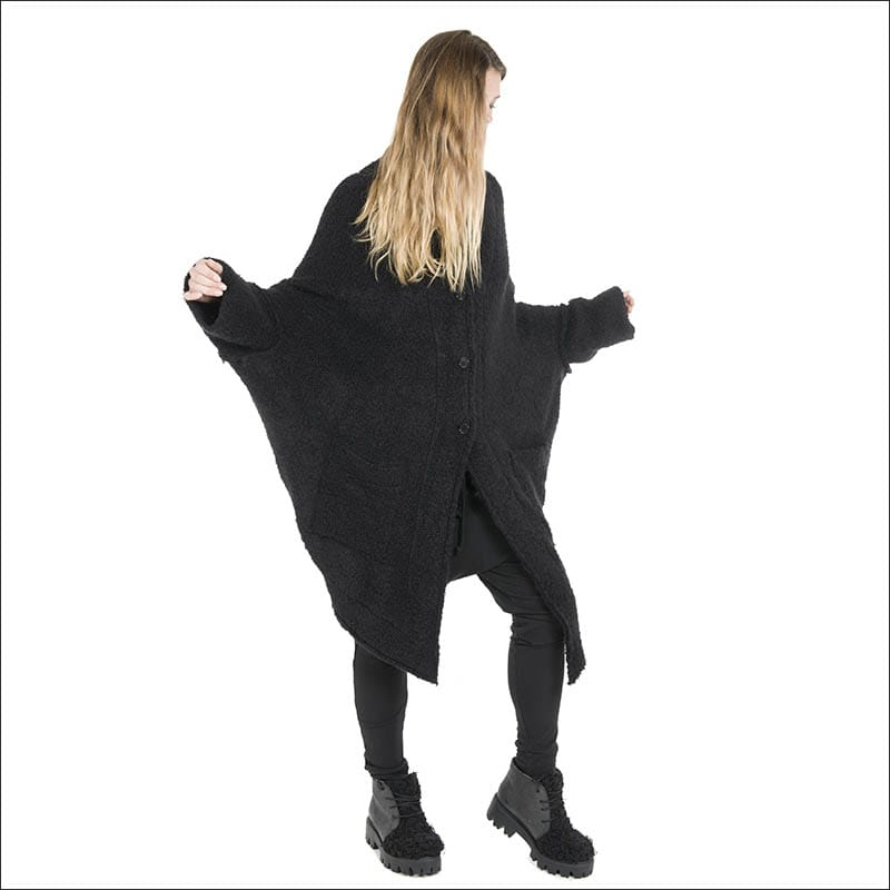 NELLY-JOHASSON-black-Pansy-AW16-Merino-Alpaca-Cape-from-idaretobe-authorised-UK-stockist-6050-blog