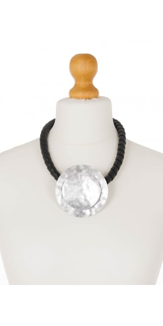 Idaretobe Hammered Aluminium Disc Necklace
