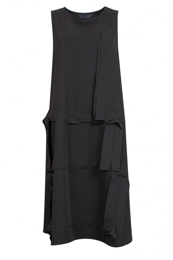 Moyuru Black Sleeveless Panel Dress