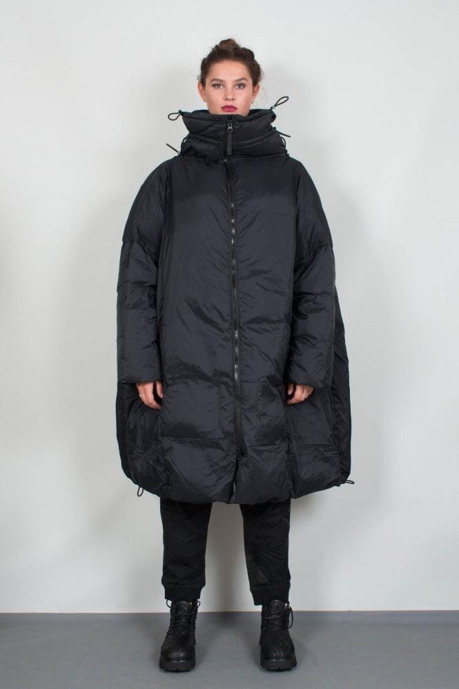 589094f86e67fe Rundholz Black Label Black One-Size Coat 3841204