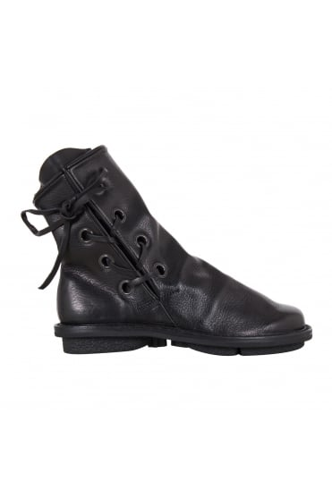 Tramp Black Leather Boot