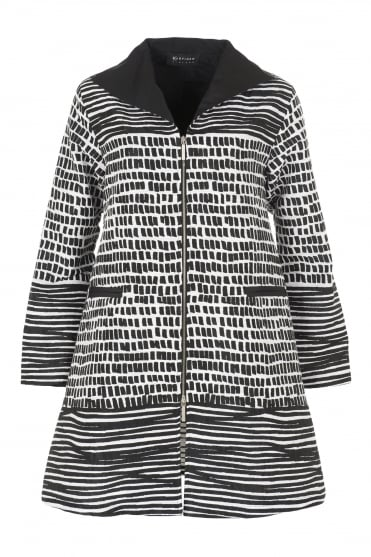Laku Monochrome Textured Coat